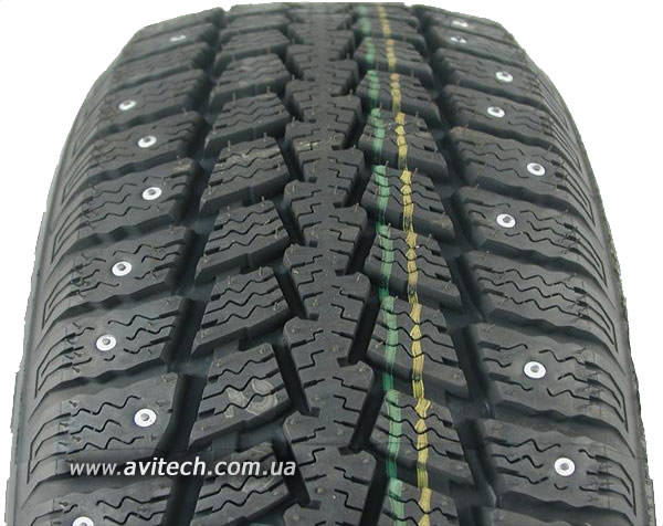 Kumho Power Grip KC11 pattern tread design